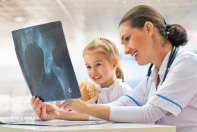 reumatolog dziecięcy