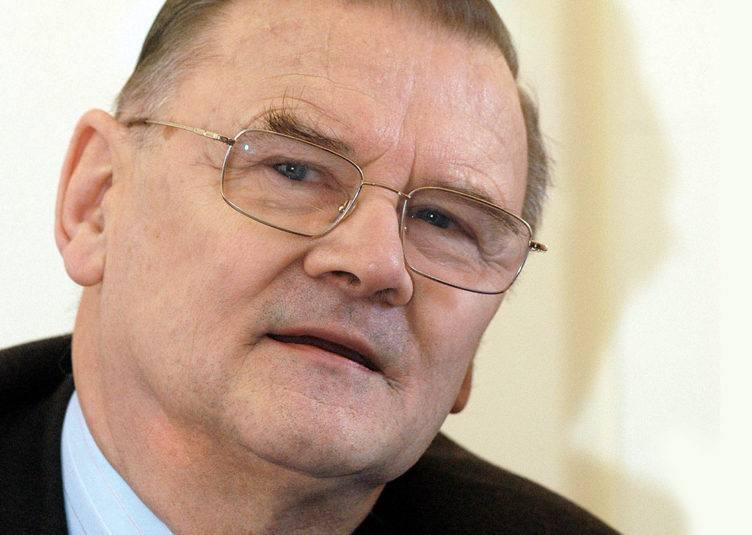 Jacek Sieradzki