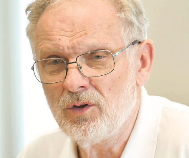 prof. Jacek Wiórka