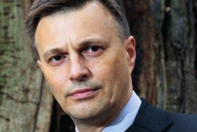 dr Tomasz Dzierżanowski
