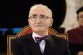 Prof. Stefan Kruś