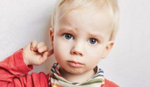 wysiękowe zapalenie ucha środkowego